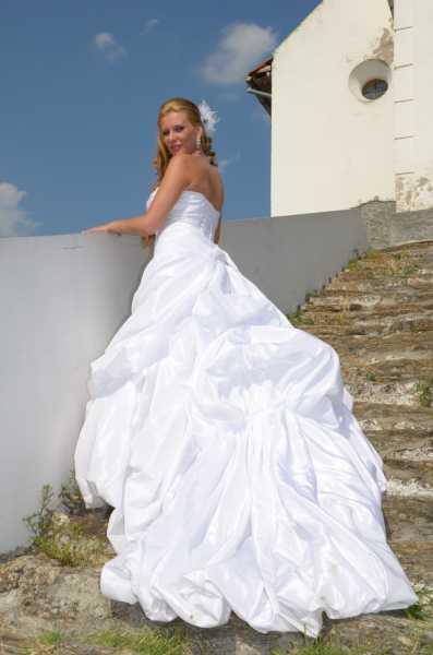 Elena u venčanici Pronovias
